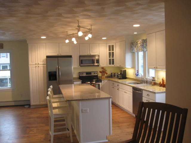 cabinet installers and kitchen contractors