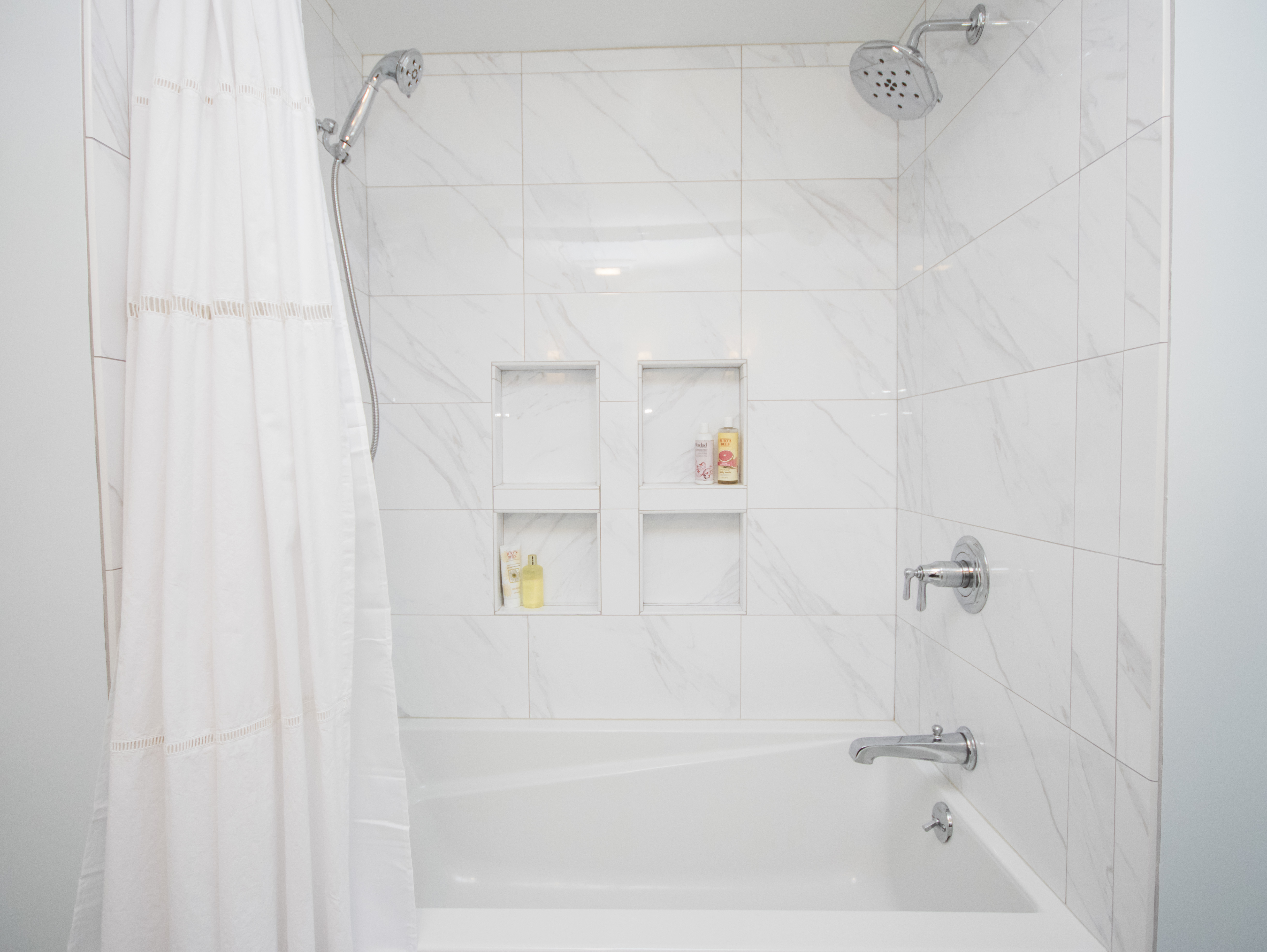 Showers | Tubs - Calyx Builds